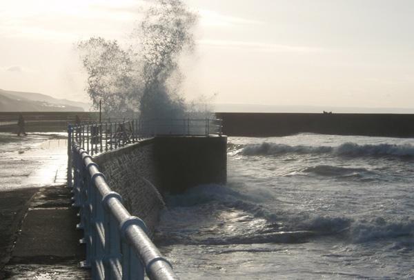 waves again by catrinarthur