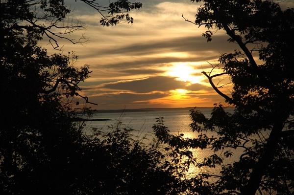 sunrise silhouette by jdh2