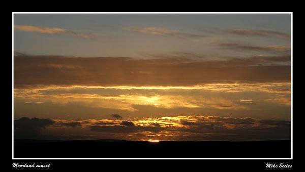 Moorland Sunset by oldgreyheron