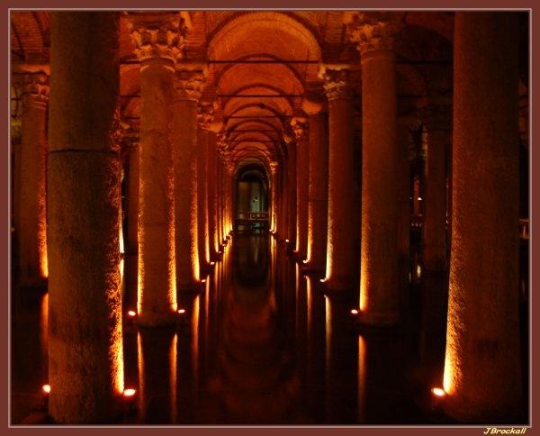 Basilica Cistern 2 (Handheld) by justbrock