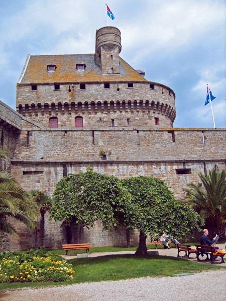 St Malo by neilw