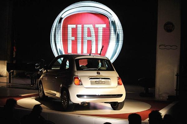 Fiat 500 Launch by PeterLondon