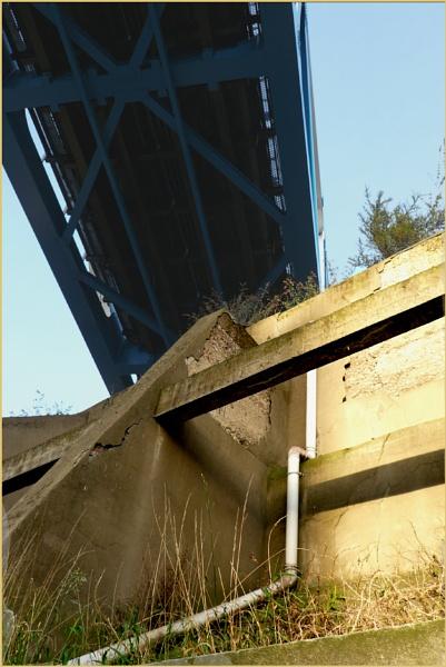 Metro Bridge by woolybill1