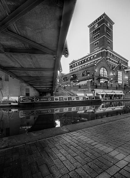 Canals by dandeakin