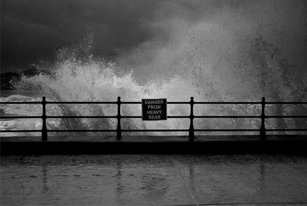 Drama at Sea by jammy_sam