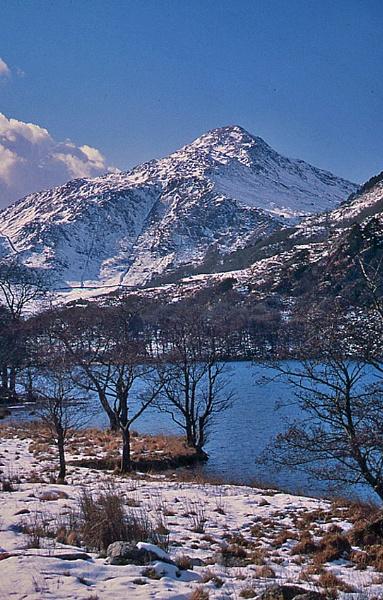 Llyn Gwynant, Snowdonia, North Wales by WelshKiwi