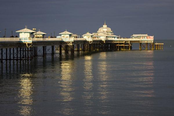 Llandudno Pier by Gareth_H