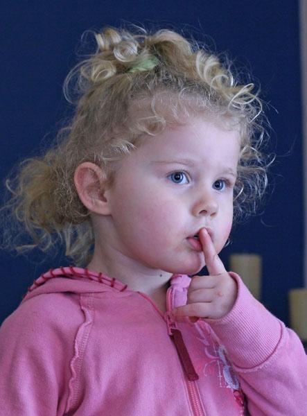 Shhh by garamerun