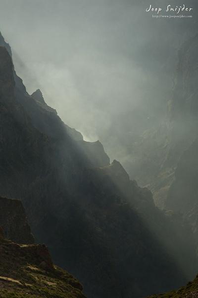 Pico do Arieiro by Joop_Snijder