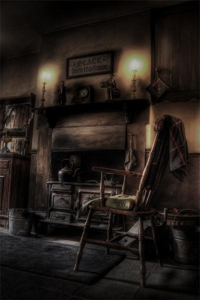 Grannies chair.. by thearmsofvenusdemilo