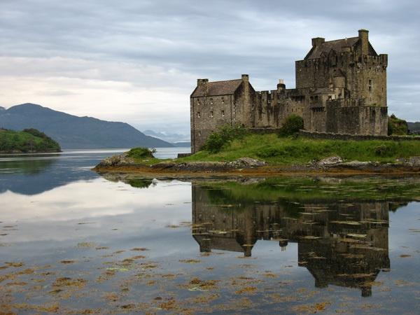 Eilean Donan Castle by John45