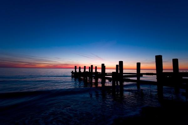 morning seas by Dwaller