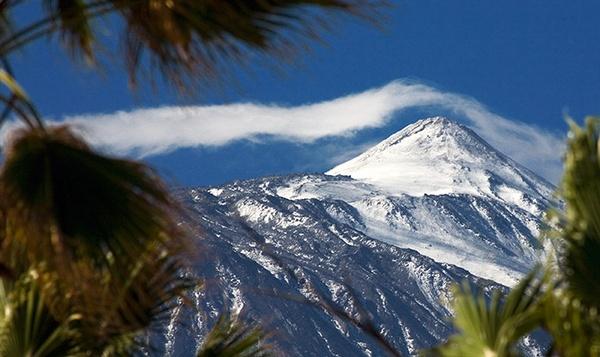 Teide View from Puerto de la Cruz by MarcPK