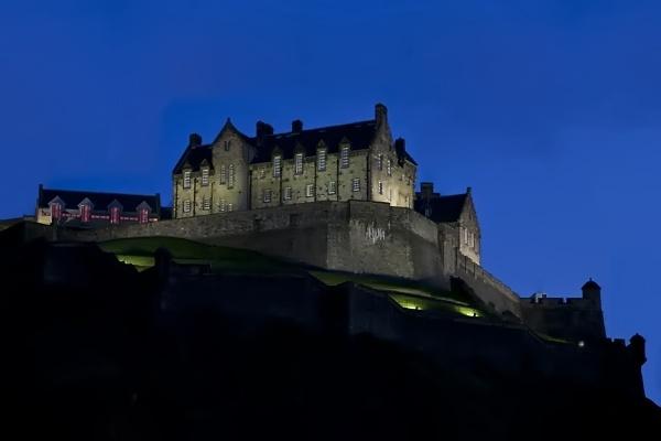 Edinburgh Castle by carrot_heid