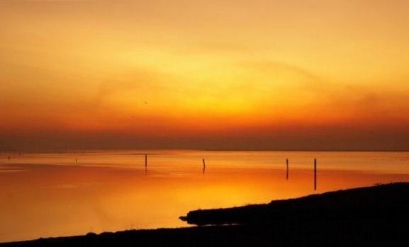 Sunset over Breydom Water by billysmate