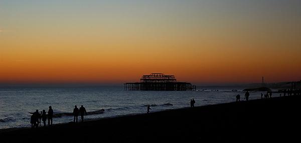 brighton sunset by Cobbage