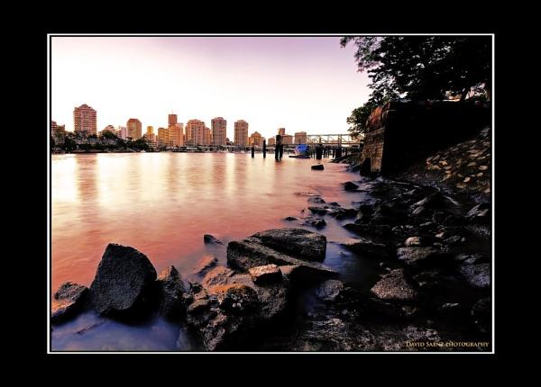 Brisbane River by davidsaenzchan
