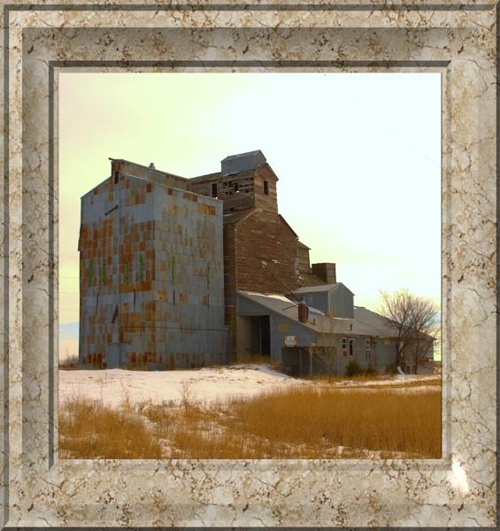 Grain Elevator by lindin