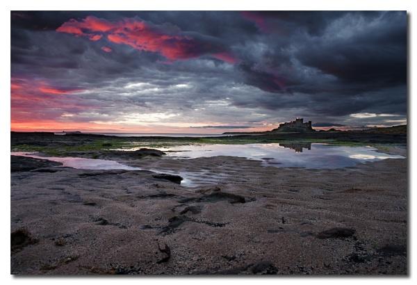 Dawn at Bamburgh by TonyA
