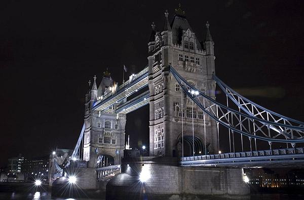 Tower Bridge by nikon_stu