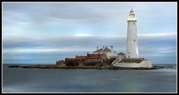 last one st marys lighthouse by epoxy