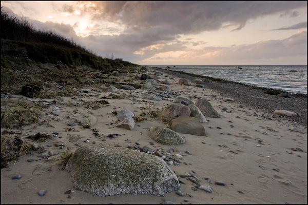 Lonely beach by Monradus