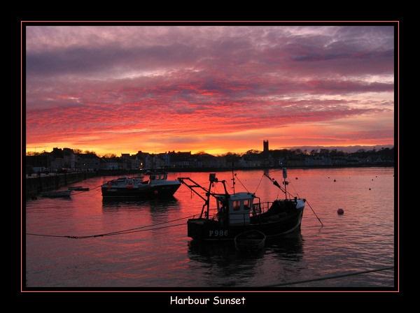Harbour Sunset by dancingqueen