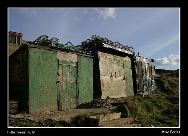 Fishermen\'s huts by oldgreyheron