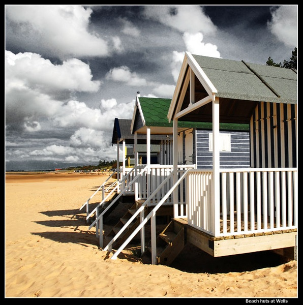 beach huts at wells by NEWMANP