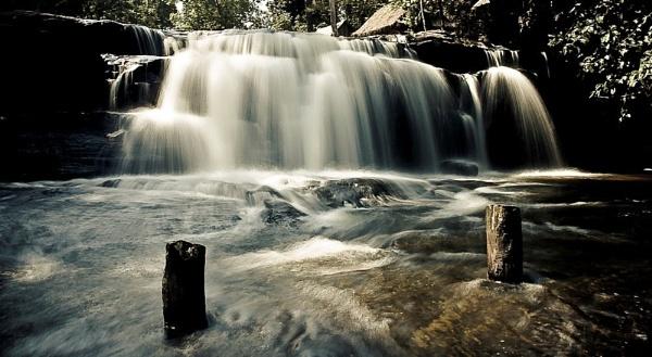 Waterfall by GeePanesar