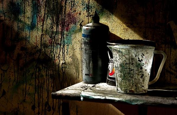 Grunge in a shaft of sunlight.....! by shortski