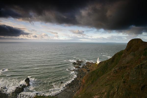 Hartland Point Lighthouse by renavatio