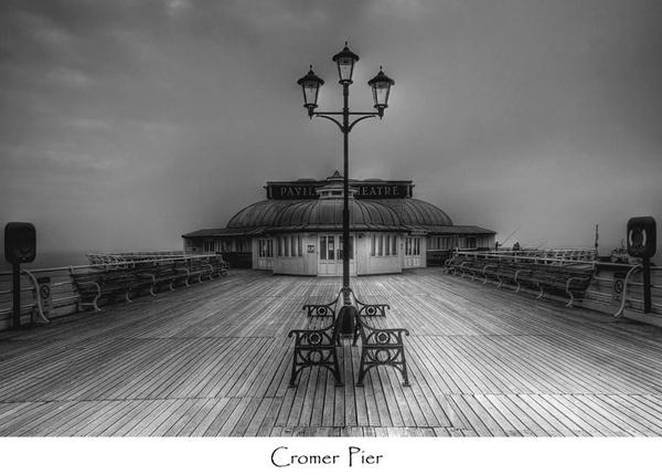 Cromer Pier by chrissycj