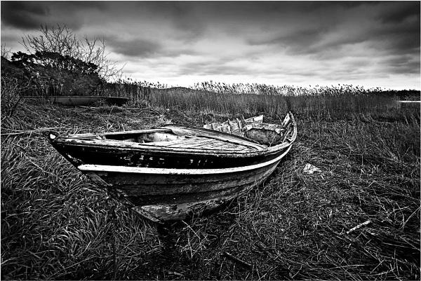 Blue Boat - mono by RockArea