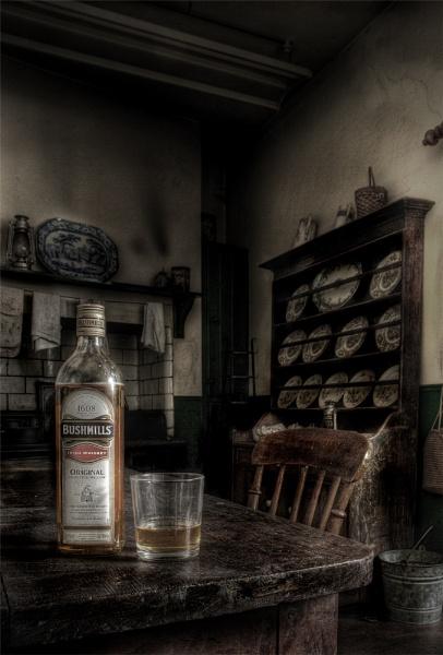 Grandma\'s kitchen.. by thearmsofvenusdemilo