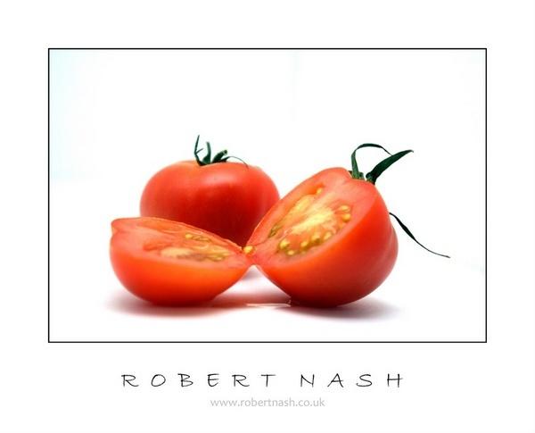 Tomato by nikonuseruk