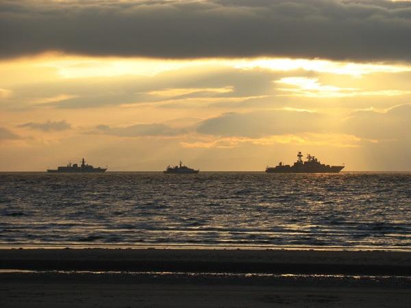 Warships at anchor in Ayr bay by John45