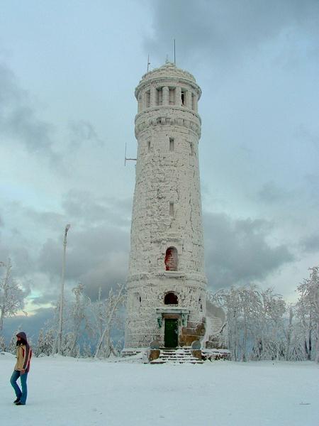 Frozen by jacekb