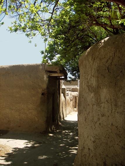 Adobe Alley in Kashan by kombizz