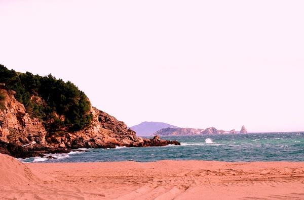 Begur Beach by RonnieT