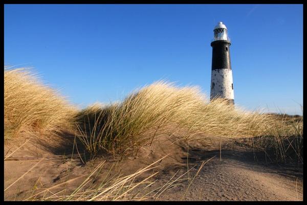 Spurn Lighthouse by NEWMANP