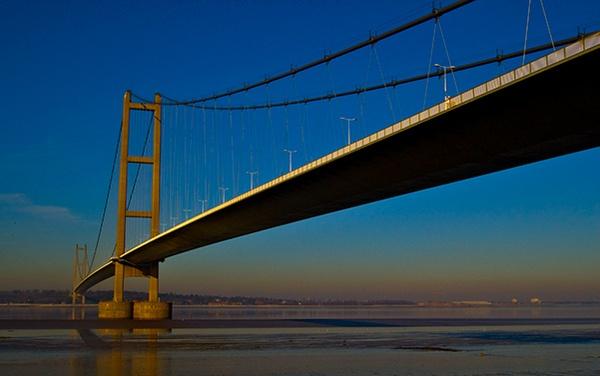 Humber Bridge by DerekLG