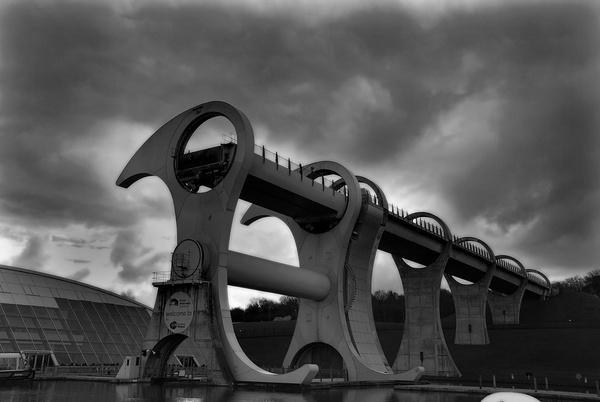 Falkirk Wheel by sandyd