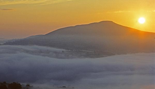 Sunrise-Sugarloaf. by Badgerfred
