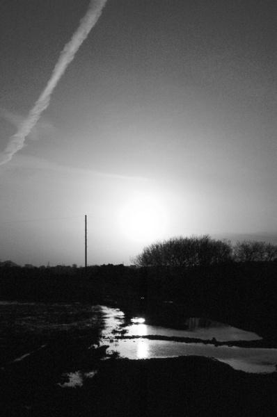 Undisturbed Sunset by XxJenny_SheaxX