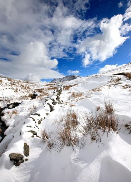 Towards Fairfield summit by acaado1