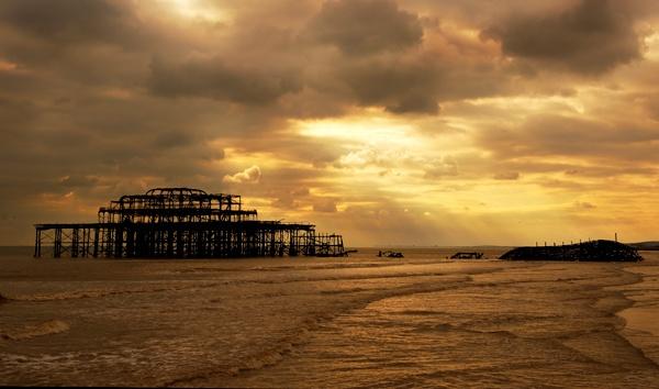 Pier Remains - Brighton by stulam