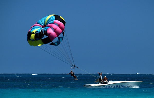 Paraglider At Take Off by chensuriashi