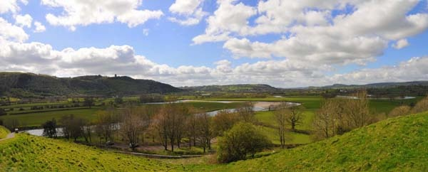 Welsh Marches by lampgb