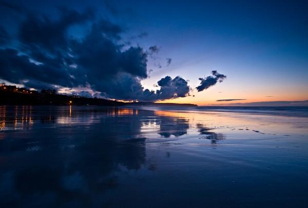 "\""Whitby Beach\"" by John Giddings"